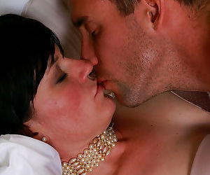 Mature wife Olivia G gets a pussy lick and rides cowgirl..