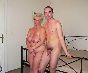 Homemade photo set: young dude licks pussy and fucks fatty..