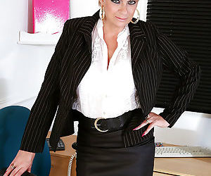 Filthy mature office lady in dress clothes undressing and..
