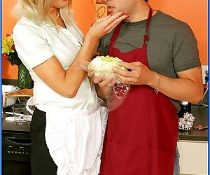Mature blonde Liz Summers teaching a stud to cook and fuck..