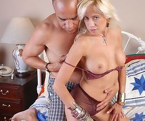 Mature Blonde gives nice head and bends over for deep anal..