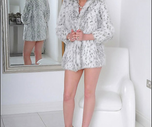 Fur coat and heels naked mature lady sonia - part 2552