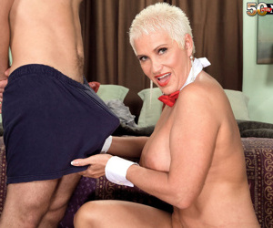 Short-haired mom Trinity Powers is happy to suck big dick..