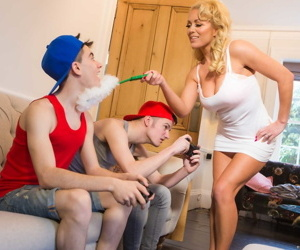 Hot blonde chick Rebecca Jane Smyth seduces her sons best..