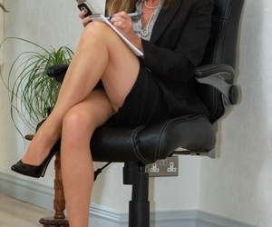 Mature secretary Satin Jayde cant resist showing off her..