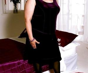 Fat amateur granny with big tits - part 2053
