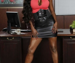 Beautiful chick Jasmine Webb takes off her clothes and..