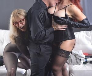 Mature pornstars Sexy Vanessa and Nina Hartley kiss after..