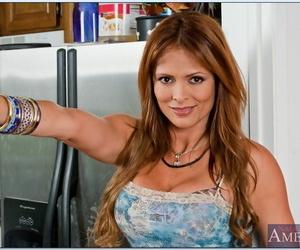 Latina mom with big breast Monique Fuentes getting..