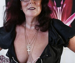 Mature maid in sexy glasses Zadi is showing off in sweet..
