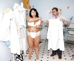 Chubby Mature enjoys her cunt being violated at the OBGYNs..