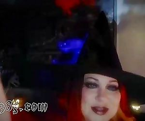 Wicked Witch on cam chatting up fans 19 min HD+