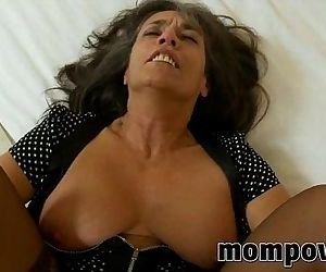 Mature milf gets fucked in her pantyhose - 5 min
