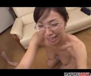 Mature Asian Woman Sucking On A Cock - 8 min