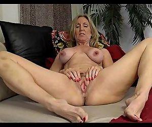 Mature Show Her Huge Nipples69webcams.tk