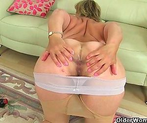 British milfs Danielle and Lulu need orgasmic pleasureHD