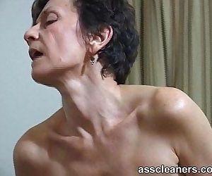 MILF facesits a man and got her ass hole cleaned and..