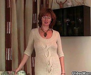 Britains most sexiest milfs masturbatingHD