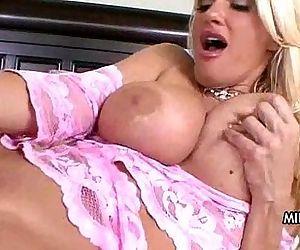 My Best Friend's Sexy Mom! - 5 min