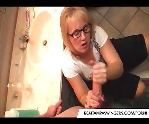 Hottie Wives Roberta Gives Perfect Handjob