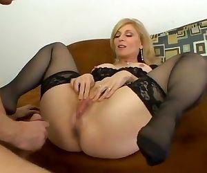 Mature milf Nina Hartley does anal