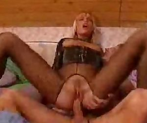 Kinky latex Anita Blonde hardcore analization