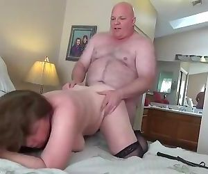 Chub bear fucks mature
