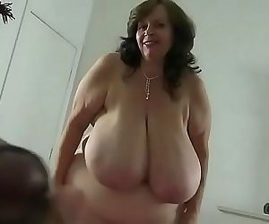 Sizzling hot bbw momma roleplay 5 min