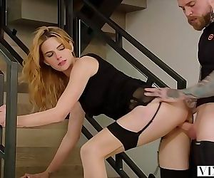 VIXEN New Divorcee Has Passionate Sex With Her Personal..
