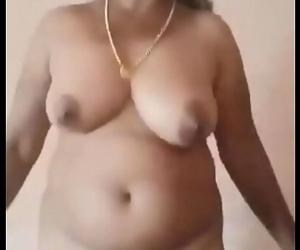 Desi mature aunty nude 41 sec