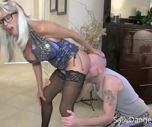 Young guy bangs his big white cock in his MILF stepmommy..