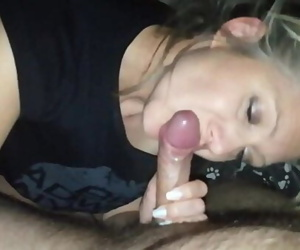 Hanysy hot 43 year old milf is doing a blow job cum in..
