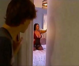 Dad Out Of Town Step Mom Wants My Dick 29 min 720p