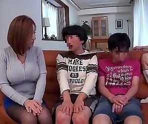 Japanese family 2 h 11 min