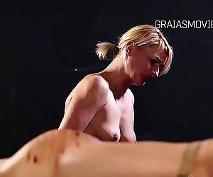 MILF domina wannabe get clamps on her pussy lips 92 sec..