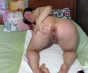 Mature lady fingering ass bottle!