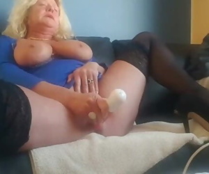 Fucking tight mature pussy till squirting then wait for..