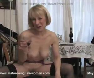 Vivien Goodman - Port - British scouse mummy Vivien..