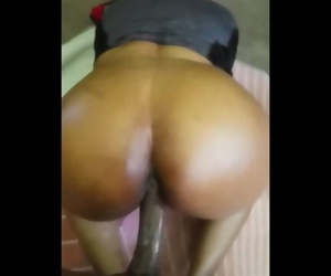 HaydeDaGreat Ebony Chick Ask For Anal & This Happen