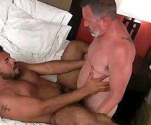 Rico vegas bearback