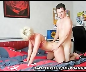 Mature amateur wife homemade blowjob and fuck with a young..