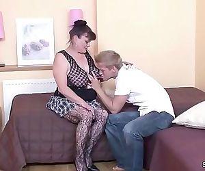 Young Boy Seduce His Grandma to get First Fuck 15 min