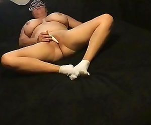 Solo masturbation with toy 90 sec