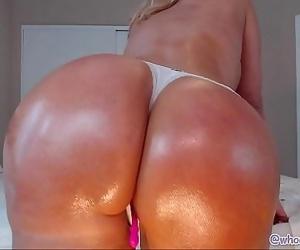 Ass Shaking Twerking Hot MILF 24 min HD+