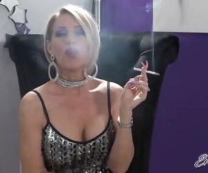 Smoke a Cigarette With Me - Nikki Ashton -