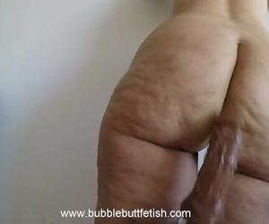 Jiggly fat ass