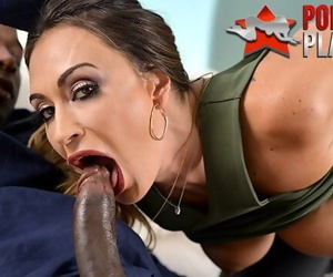 Claudia Valentine fucks the bounty hunters BBC