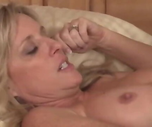 Horny Mature Stepmom Rides her Stepson and Takes Creampie