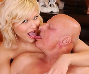 GrandpasFuckTeens Young Babe Fucks with a Grandpa she Met..