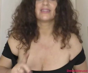 Mature Gilly Shows Dancing Skills and Downblouse